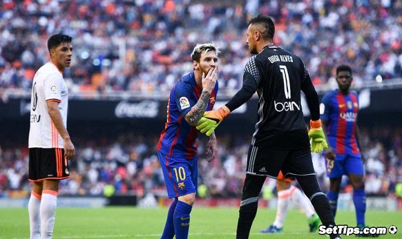 «Барселона» одолела  «Валенсию» ивышла вфинал Кубка Испании пофутболу